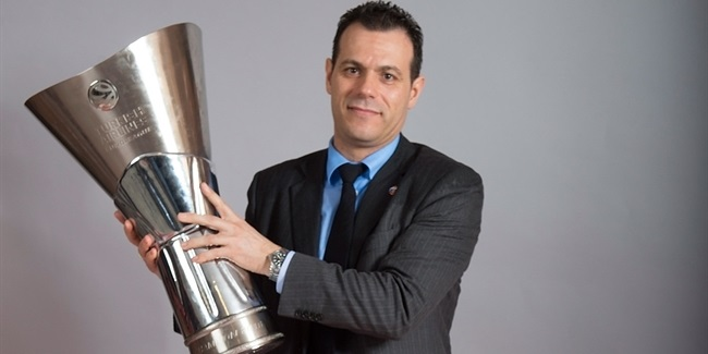 CSKA's Dimitris Itoudis is voted Alexander Gomelskiy Coach of the Year!
