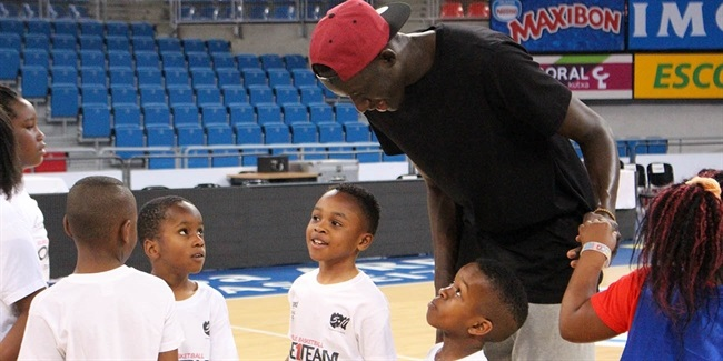 Diop helps conclude memorable One Team program for Laboral Kutxa