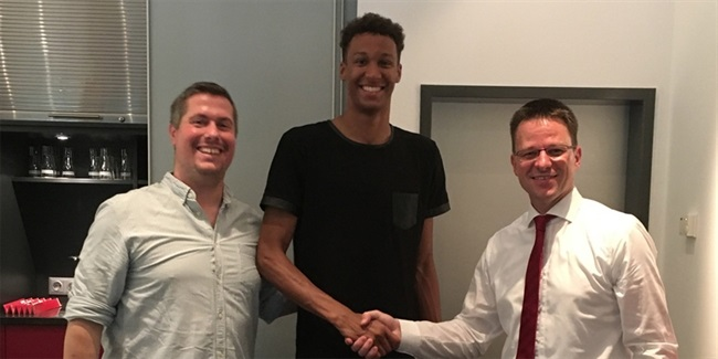 Brose Baskets brings in young Olinde