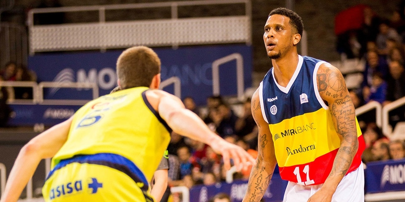 Trento inks small forward Gomes