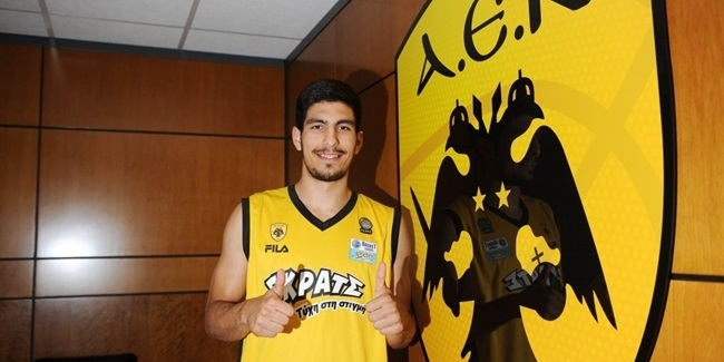 AEK adds talent with Skoulidas