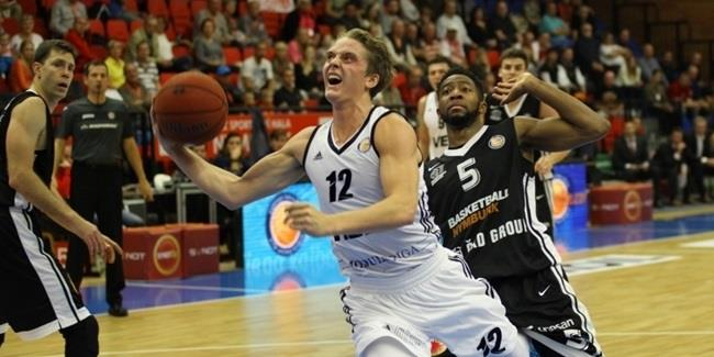 Fuenlabrada gets young point guard Hakanson on loan
