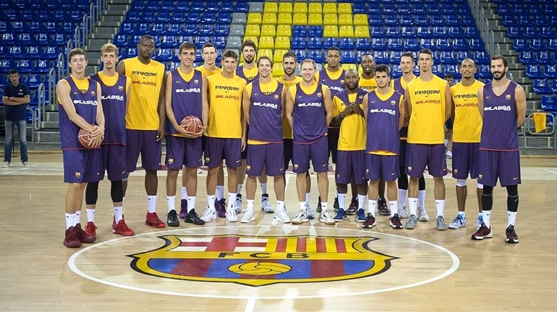 FC Barcelona Lassa started the new season with a few new faces and many young players in the first practice.