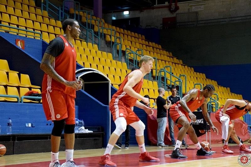 First practice of the season for the new Hapoel Bank Yahav Jerusalem.