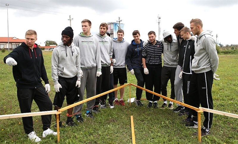 Players Nizhny Novgorod in preseason (photo Nizhny) EC16