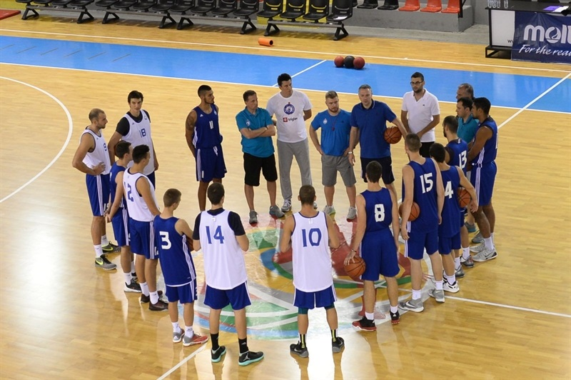 Players MZT Skopje Aerodrom in preseason (Photo MZT Skopje)