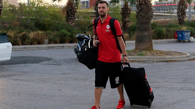 Vangelis Mantzaris - Olympiacos Piraeus in preseason (photo Olympiacos) EB16