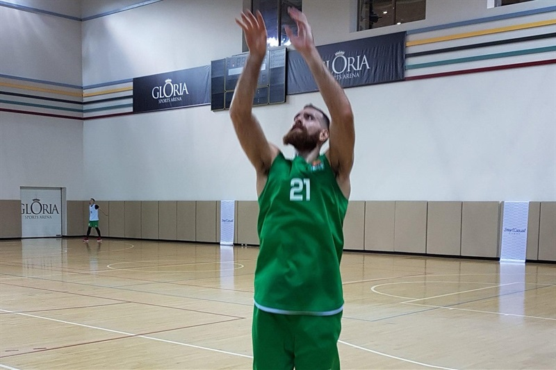 Kostas Kaimakoglou - Unics Kazan in preseason (photo Unics) - EB16