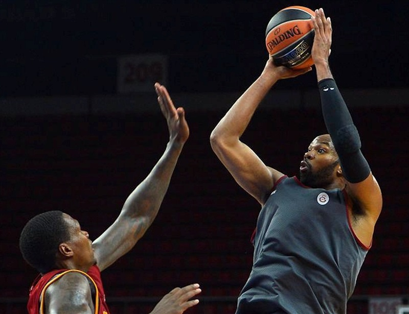 Alex Tyus - Galatasaray Odeabank Istanbul in preseason - EB16 (photo Galatasaray)