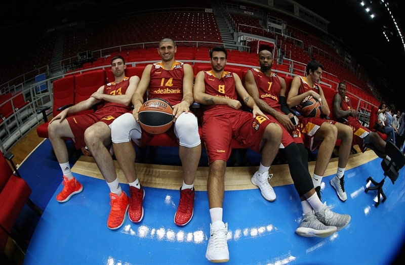 Players relaxing at Abdi Ipekci - Galatasaray Odeabank Istanbul - Media Day 2016