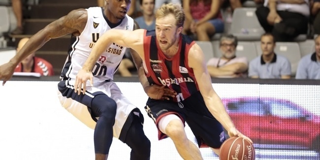 Baskonia tabs rookie shooter Cooney