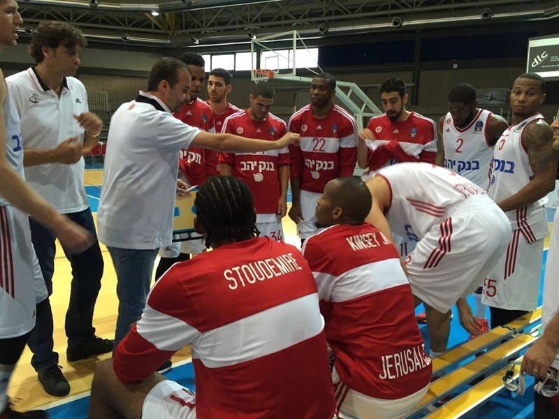 Simone Pianigiani - Hapoel Bank Yahav Jerusalem in preseason - EC16 (photo Hapoel)