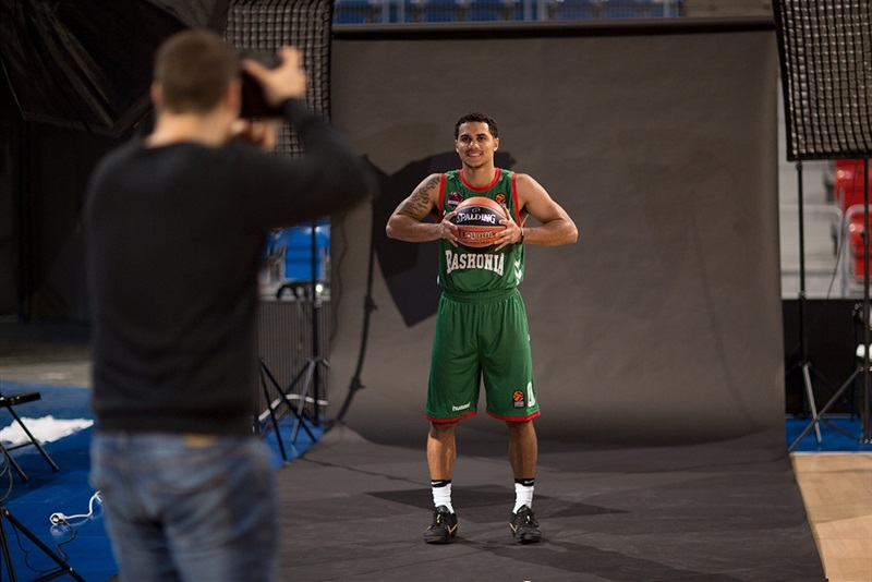 Shane Larkin - Baskonia Vitoria Gasteiz - Media Day 2016 - EB16