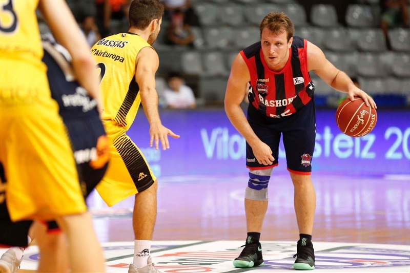 Rafa Luz - Baskonia Vitoria Gasteiz in preseason - EB16 (photo Baskonia)