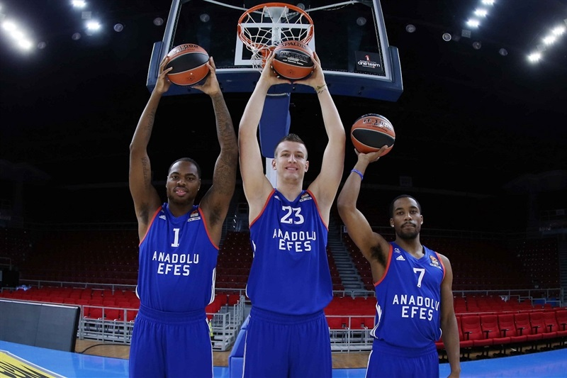Thomas, Omic and Cotton - Anadolu Efes Istanbul media Day - EB16