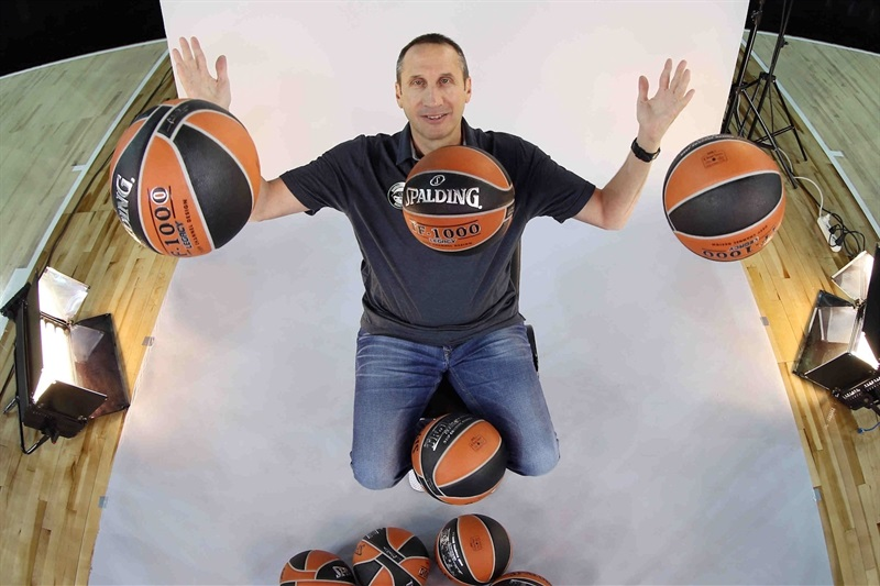 David Blatt - Darussafaka Dogus Istanbul Media Day 2016 - EB16