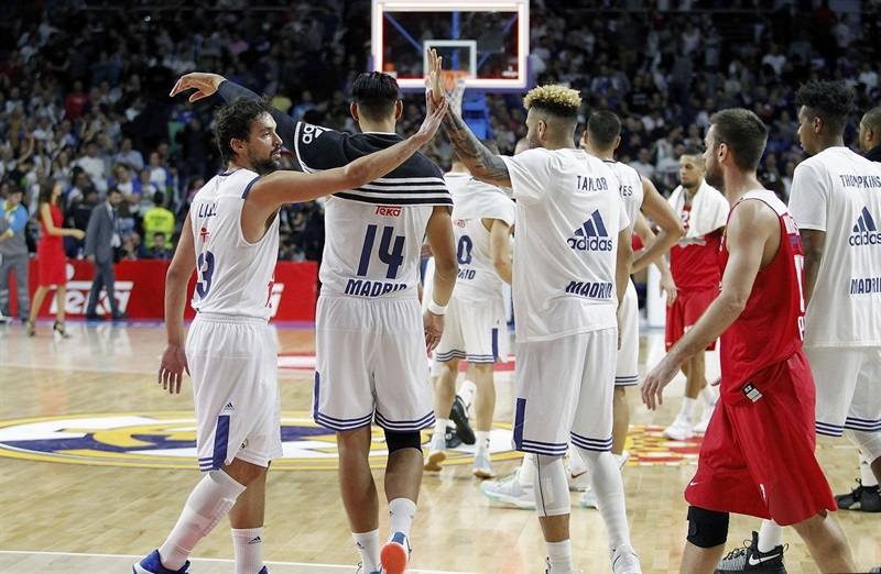 Real Madrid celebrates - EB16