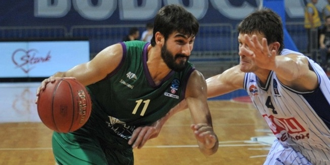 Unicaja holds on to forward Diez