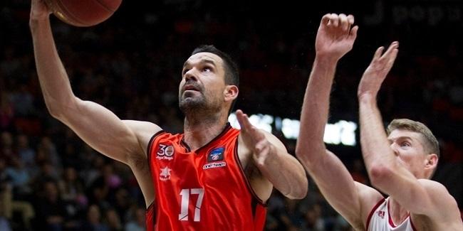Valencia's Martinez becomes EuroCup's three-point king