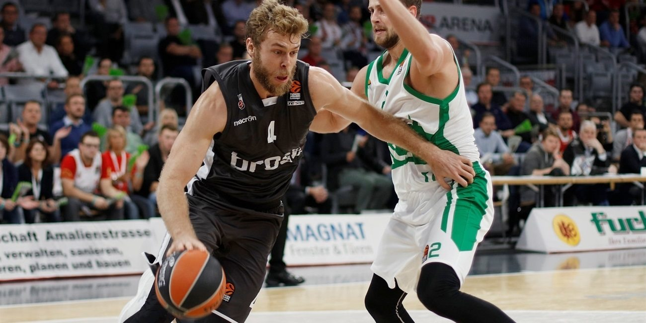 RS Round 2 report: Brose Bamberg rallies from 12 down to edge Unics