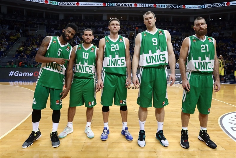 Players Unics Kazan - EB16