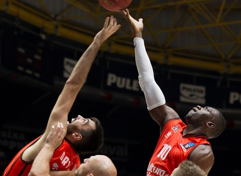 Romain Sato - Valencia Basket - EC16 (photo Valencia Basket - Miguel Angel Polo)