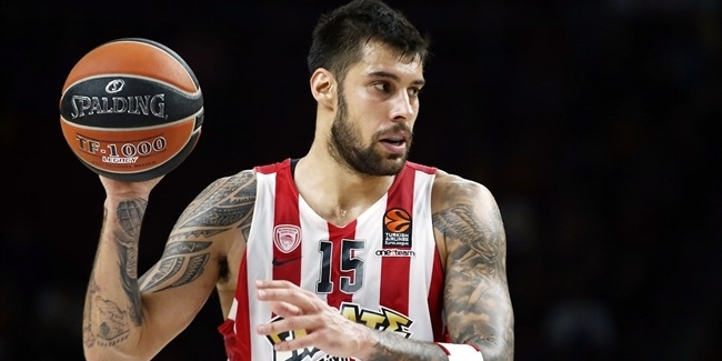Olympiacos, All-EuroLeague forward Printezis, together through 2020