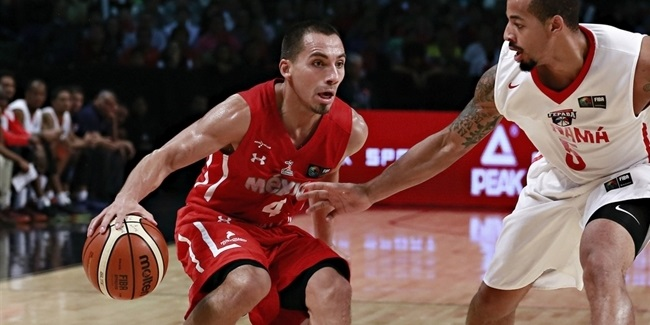 Unics adds experienced guard Stoll