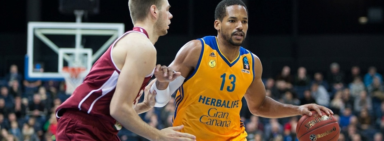 Gran Canaria, Baez stay together