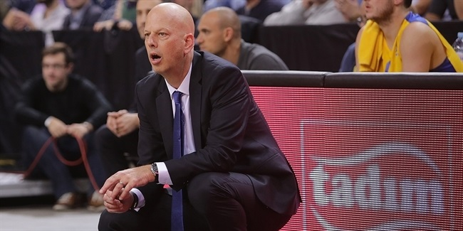 Hadar steps down from Maccabi bench