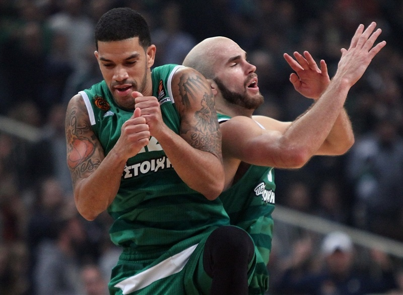 James Feldeine and Nick Calathes celebrates - Panathinaikos Superfoods Athens - EB16