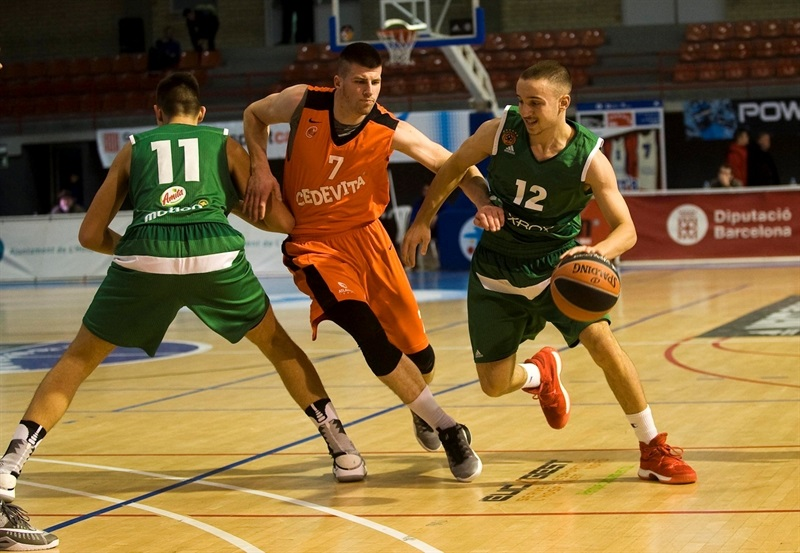 Michail Stathakis - U18 Panathinaikos Superfoods Athens - ANGT Hospitalet 2017 - JT16 (photo Paco Largo)