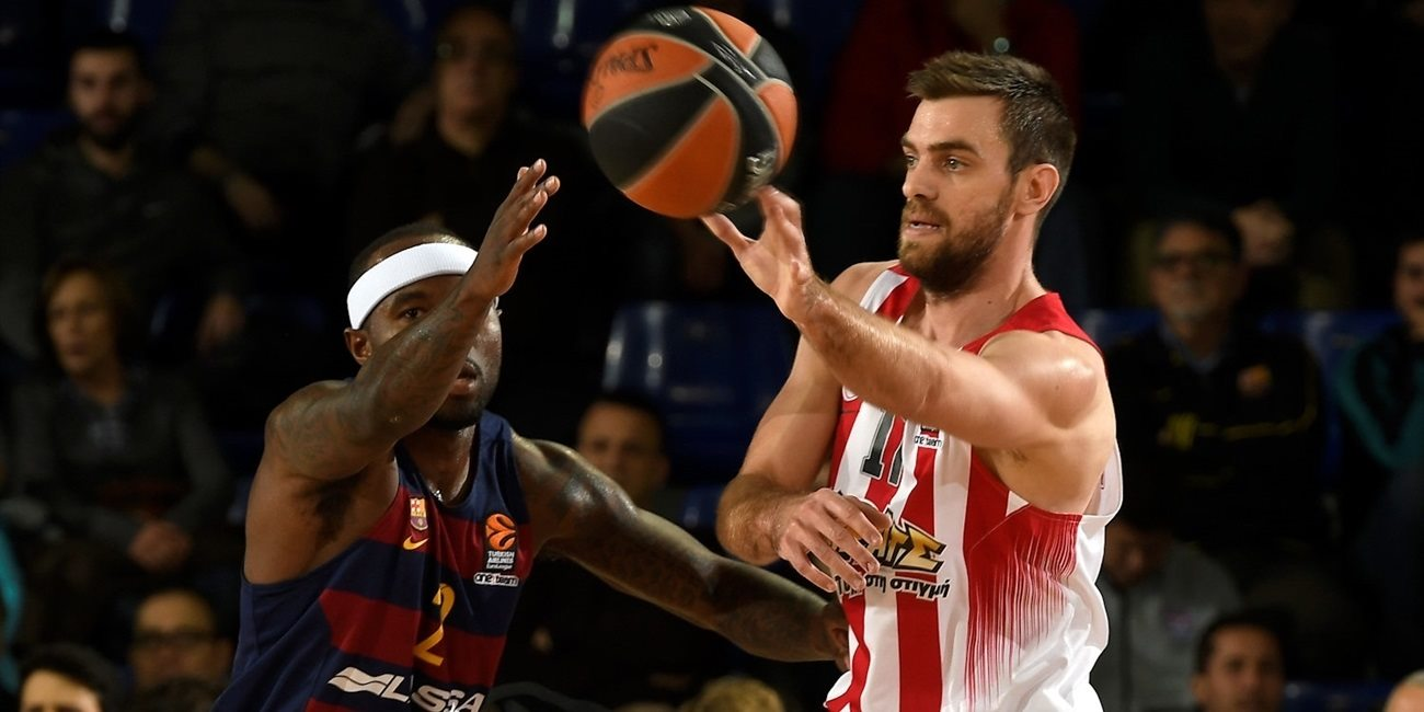 Regular Season Round 17: Mantzaris's late free throws lift Olympiacos in Barcelona