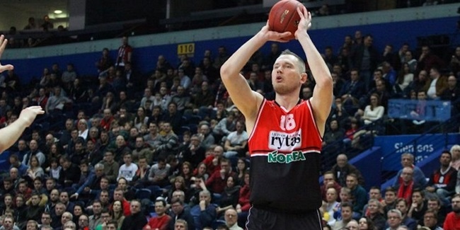 Asseco Gdynia reunites with big man Lapeta