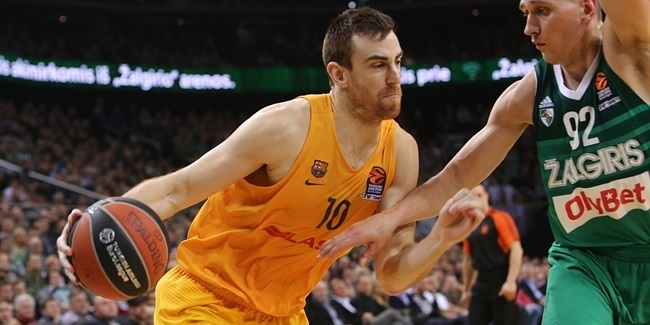 Barca's Claver, out five months