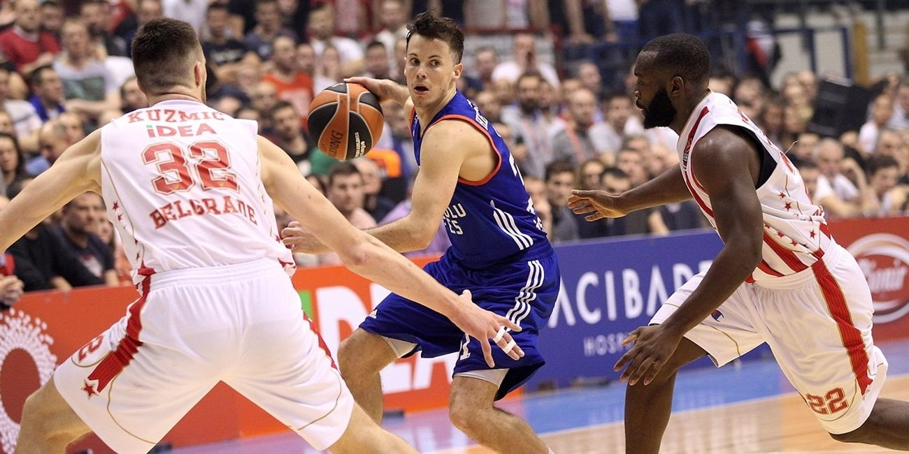 Regular Season Round 21: Efes wins in Belgrade, stops Zvezda's streak