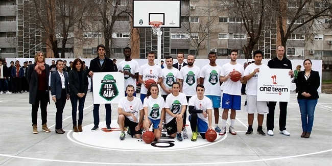 One Team and Stay In The Game unveil new basketball court