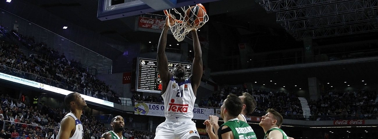 CSKA lands experienced big man Hunter