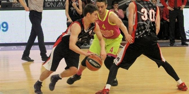 Basketball pedigree helps Welsch lead GBA Prague to debut win