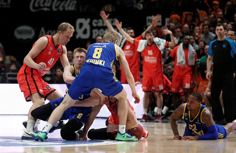 Robbie Hummel - Khimki Moscow Region - EC16 (photo Valencia Basket - Miguel Angel Polo)