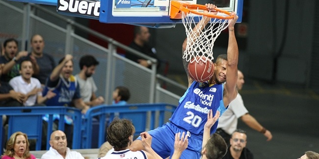 Maccabi FOX inks Simpson at forward