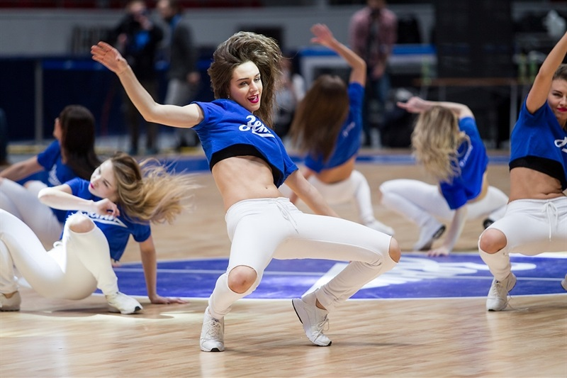 Cheerleaders - Zenit St Petersburg - EC16 (photo Zenit)