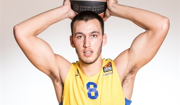 Maccabi brings back big man Levi
