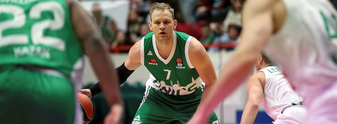 Unics re-signs Ponkrashov to multi-year deal