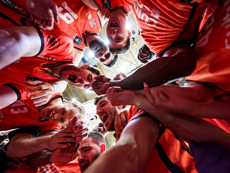 Valencia Basket celebrates - EC16 (photo Valencia Basket - Isaac Ferrera)