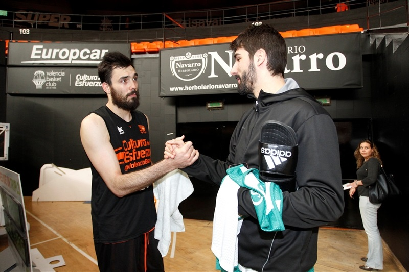 Pierre Oriola and Daniel Diez - Valencia Basket and Unicaja practices - Finals 2017 - EC16