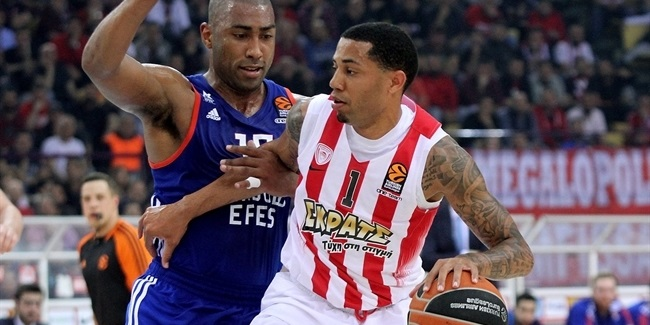 Playoffs Game 1: Olympiacos dominates in series opener against Efes