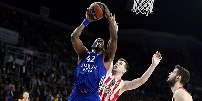 Playoffs Game 3: Anadolu Efes outlasts Olympiacos to take 2-1 series lead