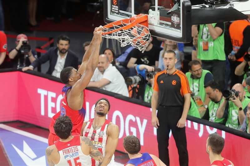 Kyle Hines - CSKA Moscow - Final Four Istanbul 2017 - EB16