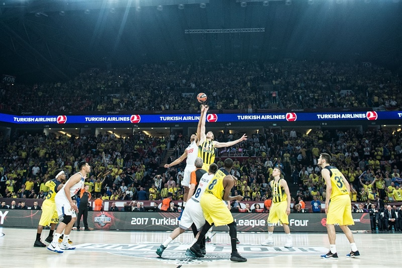 Tip-Off Semifinal: Fenerbahce Istanbul vs. Real Madrid - Final Four Istanbul 2017